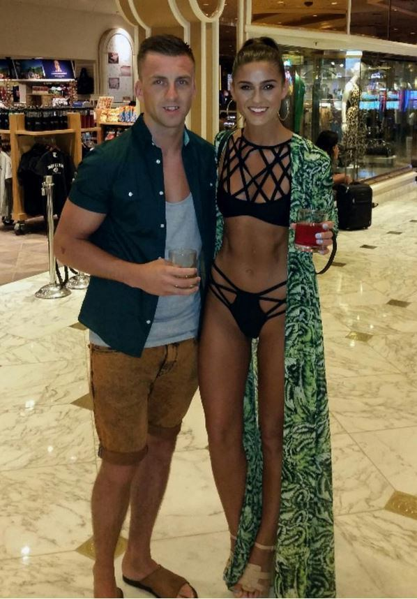 Lynn Kelly Irish Model Lynn Kelly Slammed For Too Skinny Selfie