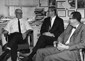 Maarten Schmidt 1963 Maarten Schmidt Discovers Quasars Everyday Cosmology
