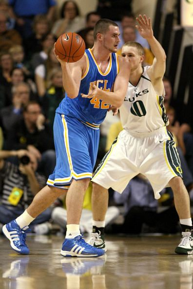 3d6d80c6120 Maarty Leunen Kevin Love and Maarty Leunen Photos UCLA v Oregon Zimbio
