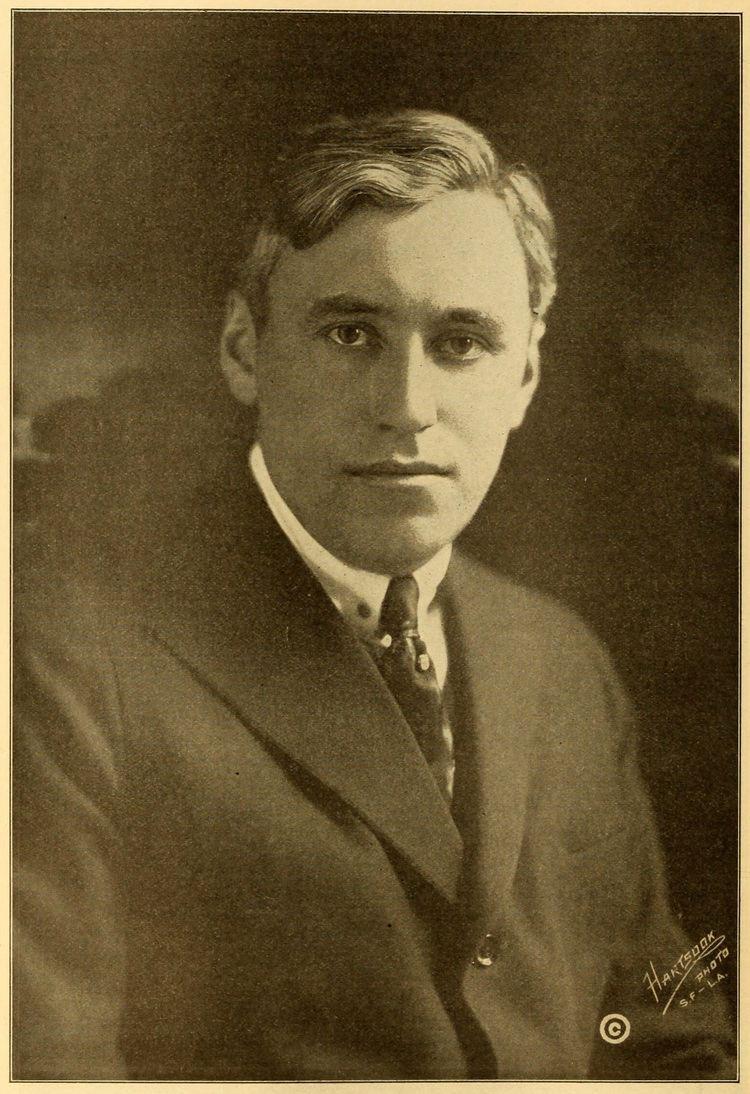 Mack Sennett httpsuploadwikimediaorgwikipediacommonscc