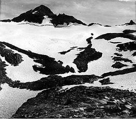 Maclure Glacier httpsuploadwikimediaorgwikipediacommonsthu