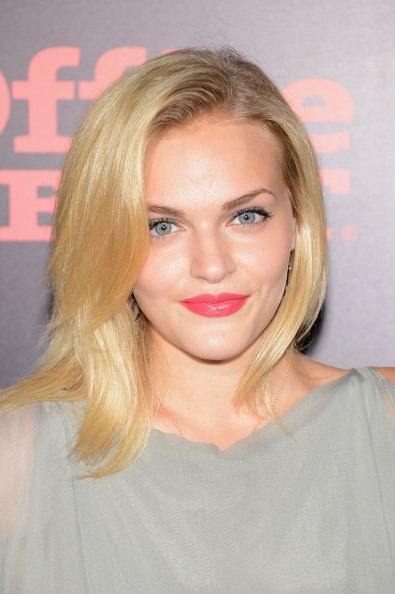Madeline Brewer Madeline Brewer Photos Photos One Direction This Is Us
