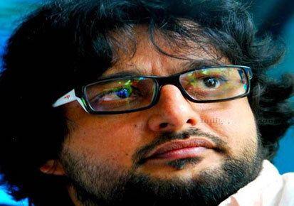 Madhu Warrier Madhu Warrier turns director Kerala Latest News Kerala