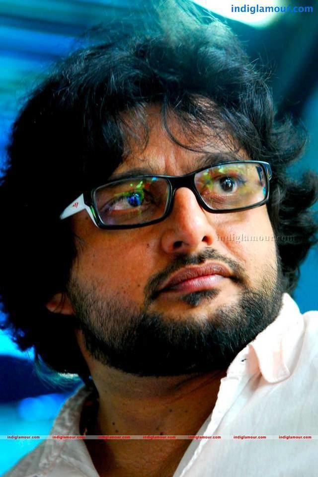 Madhu Warrier Madhu Warrier Malayalam Actor Photos Stills Gallery