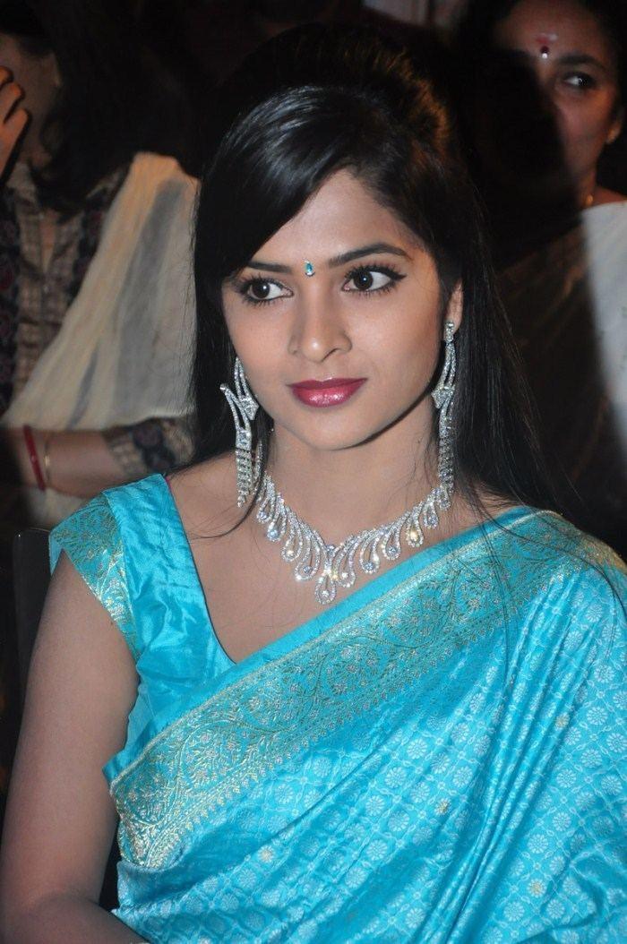 Madhumitha Picture 78143 Madhumitha Hot Saree Stills New Movie