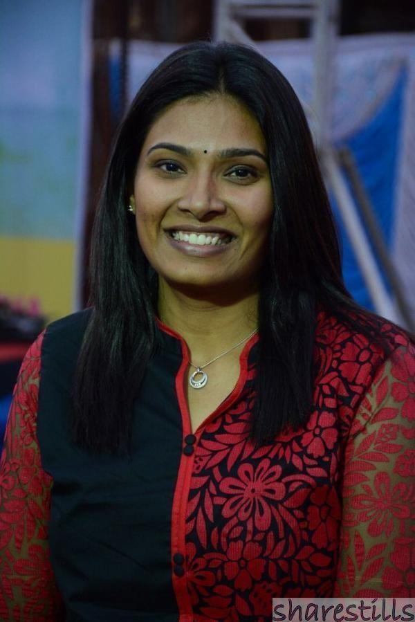 Madhumitha (director) Madhumitha at Moone Moonu Varthai Audio Launch Sharestills