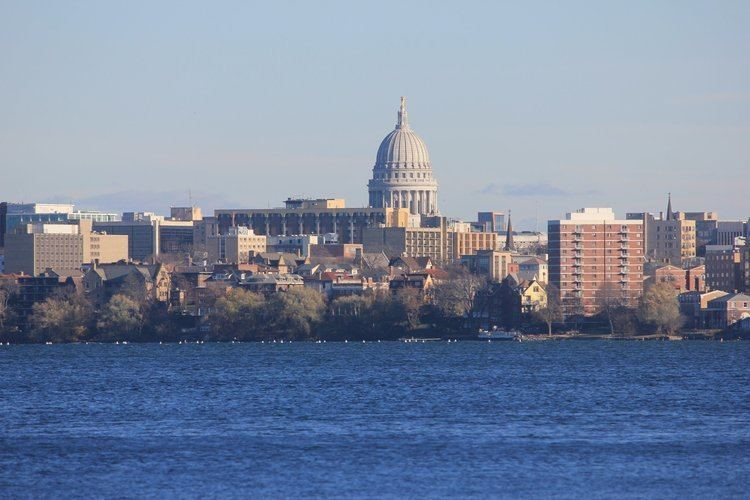 Madison, Wisconsin Madison Wisconsin Friday June 23 Information Lectures given by