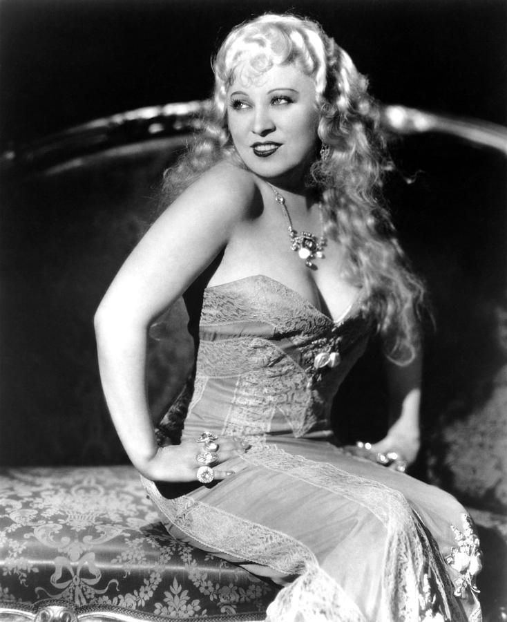 Mae West The Nitrate Diva on Mae west Actresses and Movie stars