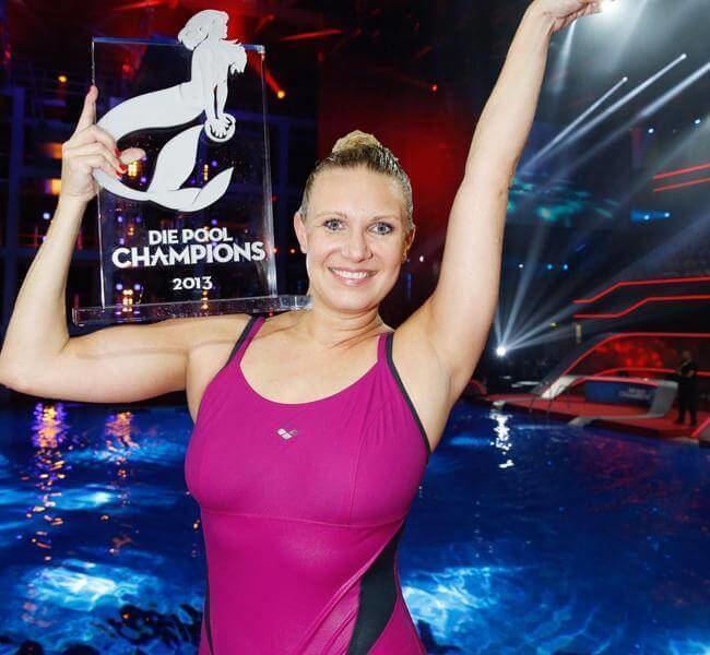 Magdalena Brzeska Die Pool Champions Promis unter Wasser39 Fotostrecke OK