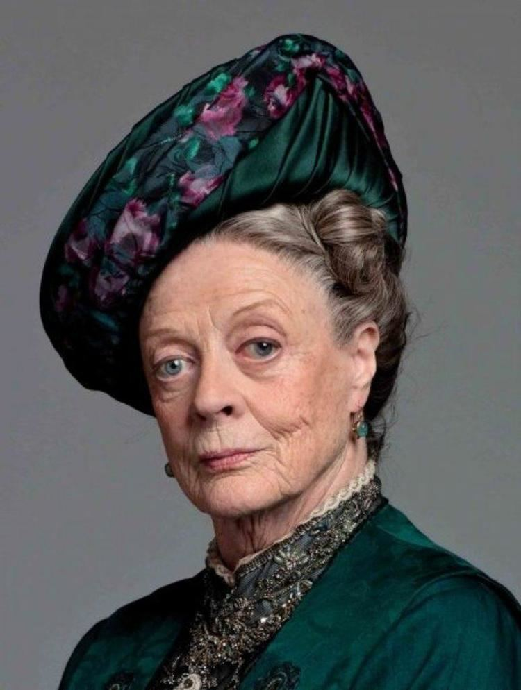 Maggie Smith Maggie Smith Maggie Smith Photo 30743001 Fanpop