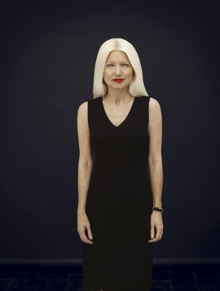 Małgorzata Niezabitowska Panna z dworu w warunkach ekstremalnych stylpl