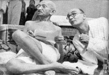 Mahadev Desai FileMahadev Desai and Gandhi 1 1942jpg Wikimedia Commons