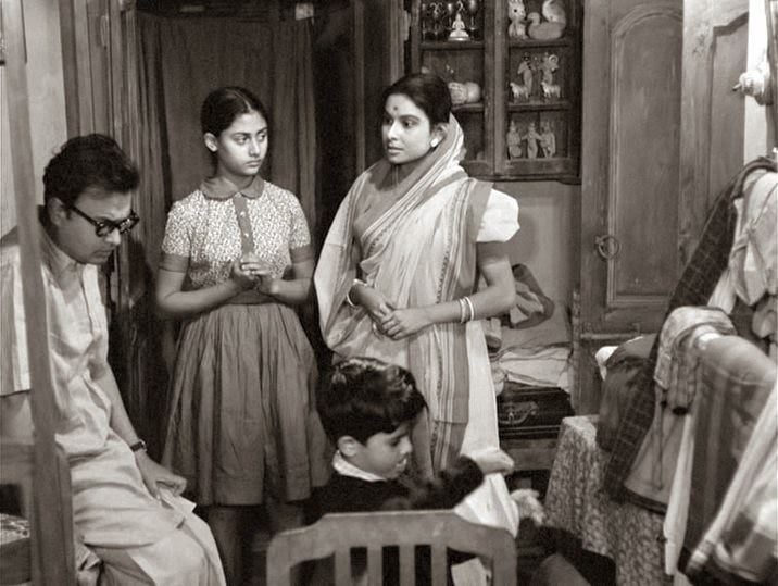 Mahanagar Mahanagar or How to watch an old film about a big bad city The