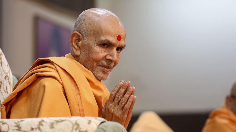 Happy New Year Mahant Swami 57