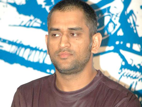 Mahendra Singh Dhoni (Cricketer) in the past