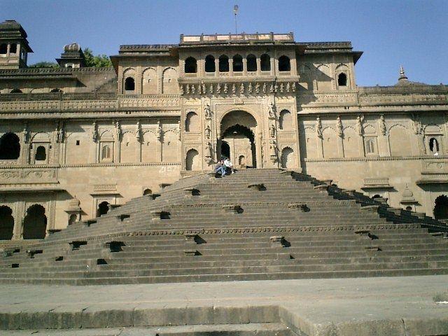 Maheshwar in the past, History of Maheshwar