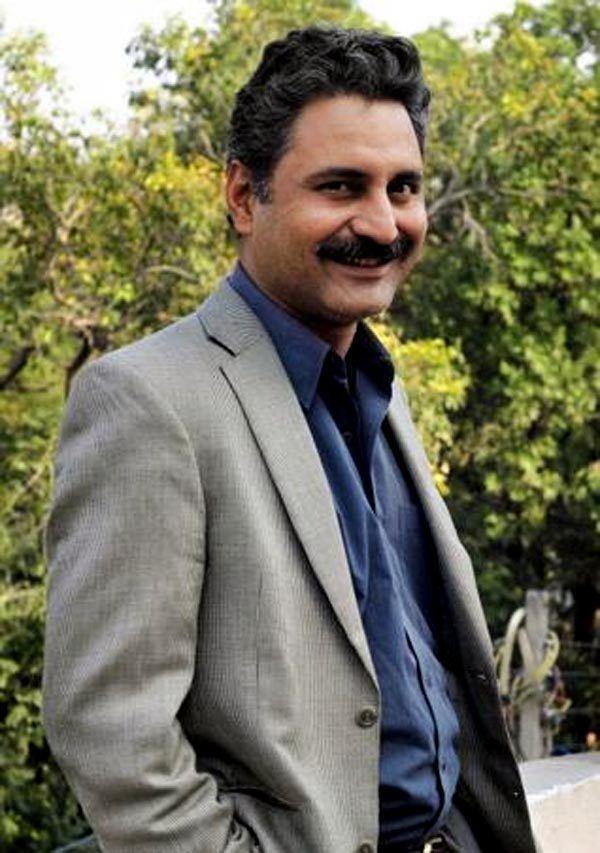 Mahmood Farooqui Shocking Peepli Live writer Mahmood Farooqui arrested for