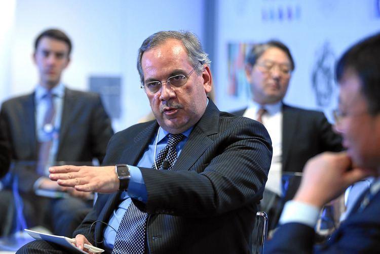 Mahmood Sariolghalam Davos Insights on Crisis and Cooperation Mahmood