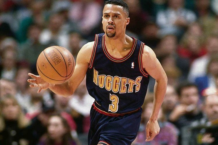 Mahmoud Abdul-Rauf Mahmoud AbdulRauf Sometimes you have to sit to make a stand