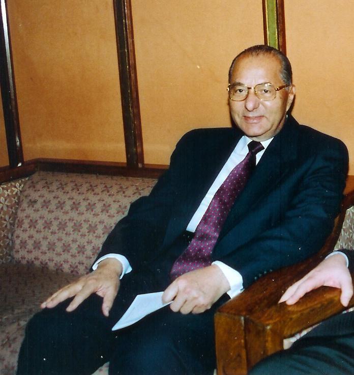 Mahmoud Zakzouk uploadwikimediaorgwikipediadeff3MahmoudZak