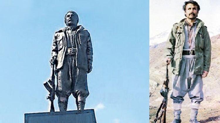 Mahsum Korkmaz Mahsum Korkmaz heykeli yklyor Al Jazeera Turk