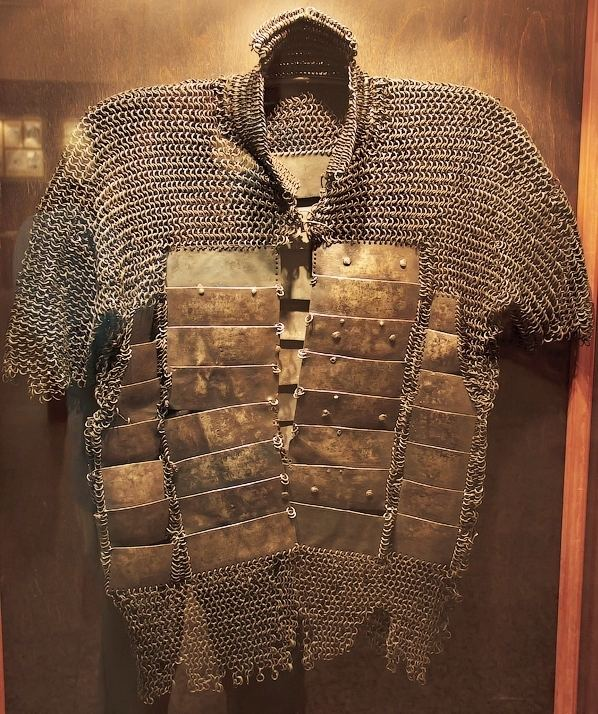 Mail and plate armour