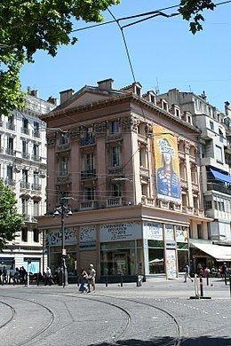 Maison du Figaro httpsuploadwikimediaorgwikipediacommonsthu