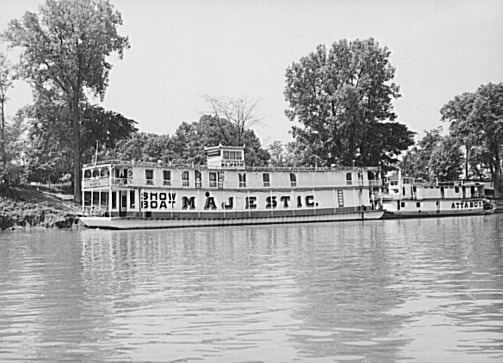 Majestic (riverboat)