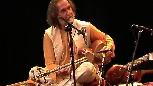 Majid Derakhshani Majid Derakhshani amp Ensemble Und was ist Dir heute so