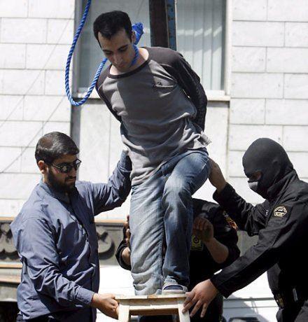 Majid Kavousifar ExecutedTodaycom 2007 Majid and Hossein Kavousifar