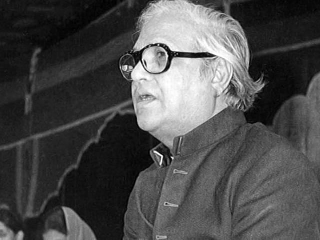 Majrooh Sultanpuri Majrooh Sultanpuri 15 memorable songs he penned music Hindustan