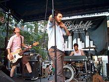 Make Believe (band) httpsuploadwikimediaorgwikipediacommonsthu