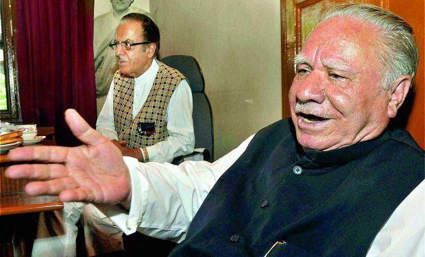 Makhan Lal Fotedar Whats Rahul asks senior Congress leader Makhan Lal Fotedar