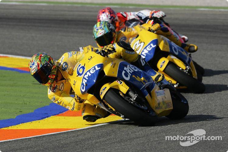 Makoto Tamada Max Biaggi and Makoto Tamada at Valencia GP MotoGP Photos