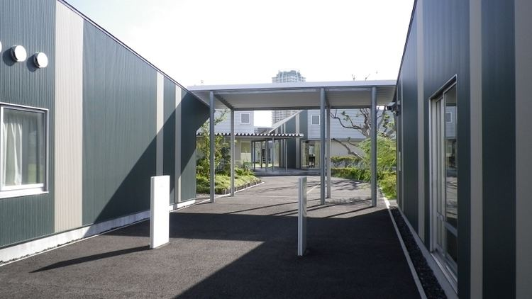Makuhari International School