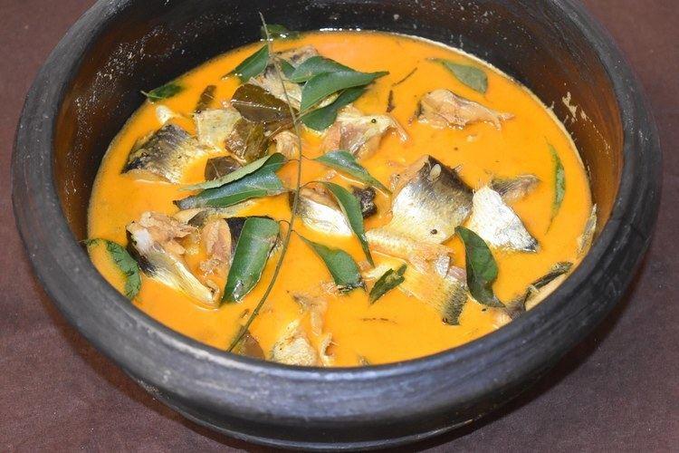 Malabar Matthi Curry How to make Malabar Matthi Curry Sardine Fish Curry Kerela Style
