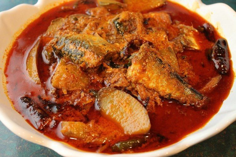 Malabar Matthi Curry Mathi Thengapal Curry Sardine in Coconut Milk YouTube