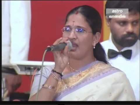 Malathy Lakshman LIVE SONGS MALATHI LAKSMAN TAMILNADU YouTube
