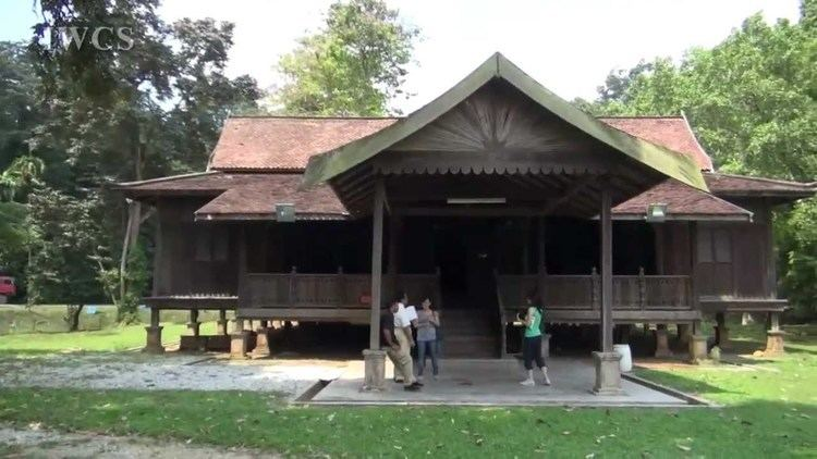 Malay houses An Overview of the Traditional Malay House YouTube