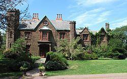 Malbone Castle and Estate httpsuploadwikimediaorgwikipediacommonsthu