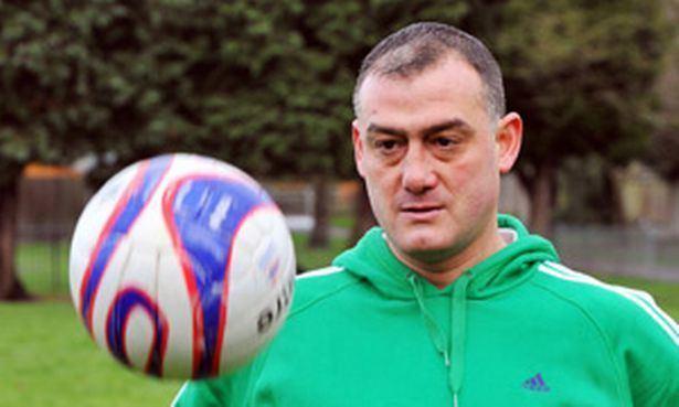 Malcolm Allen (footballer) Football hero Malcolm Allen reveals how booze wrecked his