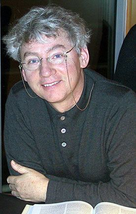 Malcolm Clarke (film maker) wwwvaniercollegeqccaEVENTSHOLOCAUST08Clarke