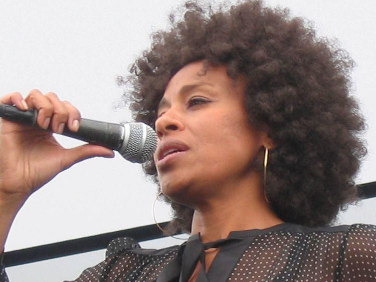 Malia (singer) Malia singer Wikipedia