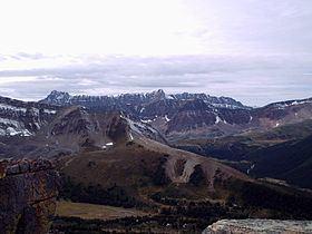 Maligne Range httpsuploadwikimediaorgwikipediacommonsthu