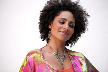 Malika Zarra Jersey City singer to bring Moroccan French and jazz