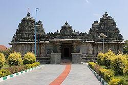 Mallikarjuna Temple, Hirenallur httpsuploadwikimediaorgwikipediacommonsthu