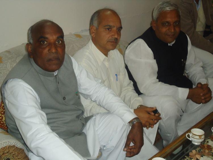Mamu Ram Gonder (Daunkal) FileSh Mamu Ram Gonder with Sh Jaswinder Singh Sandhu former