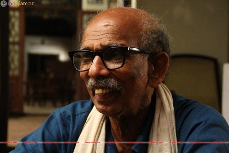Mamukkoya Actor at Sukhamayirikatte Movie Stills