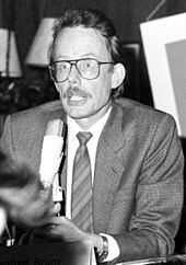 Manfred Bruns httpsuploadwikimediaorgwikipediacommonsthu