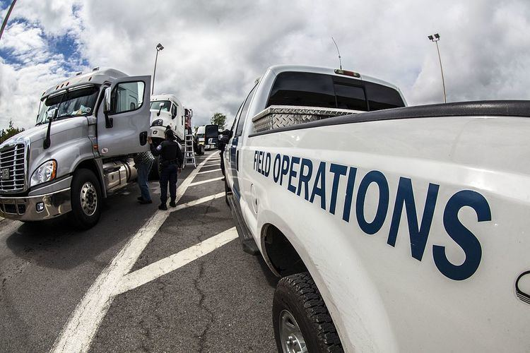 Manhunt (law enforcement)